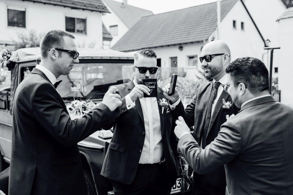 Standesamt-Zwiefalten-Hochzeitsreportage-Hochzeitsfotos-19