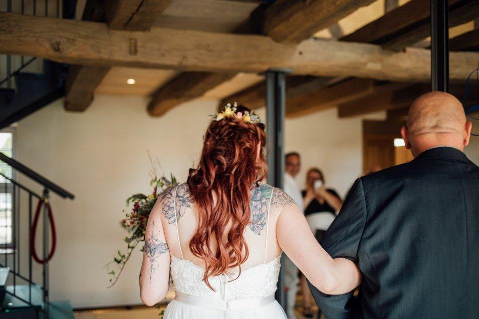 Standesamt-Zwiefalten-Hochzeitsreportage-Hochzeitsfotos-24