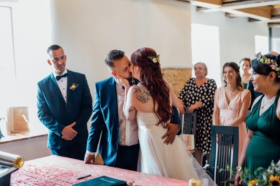 Standesamt-Zwiefalten-Hochzeitsreportage-Hochzeitsfotos-26