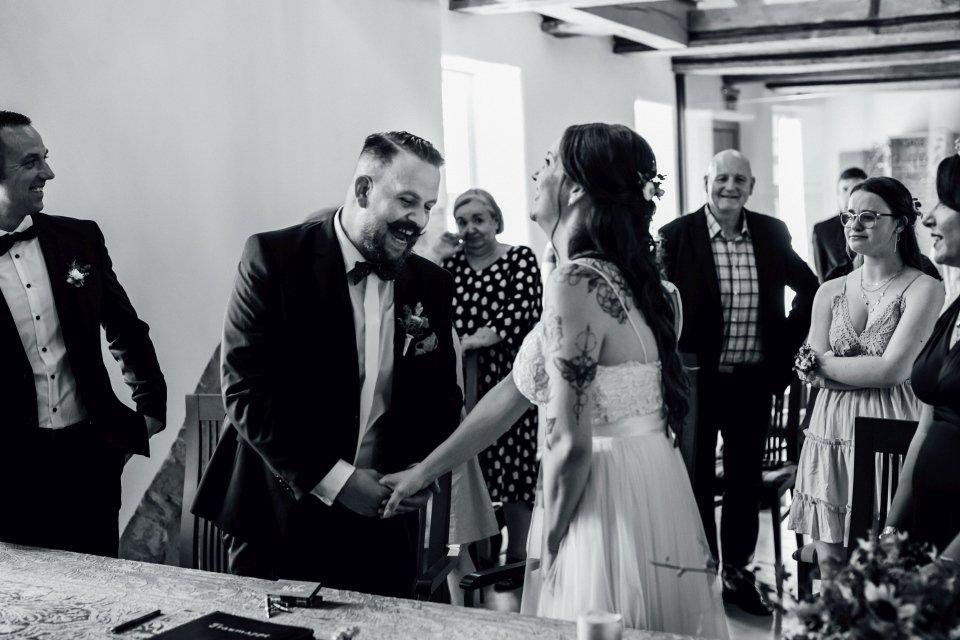 Standesamt-Zwiefalten-Hochzeitsreportage-Hochzeitsfotos-27