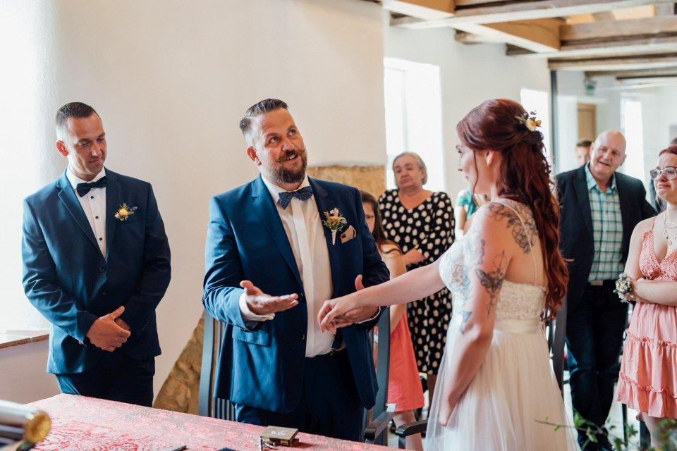 Standesamt-Zwiefalten-Hochzeitsreportage-Hochzeitsfotos-28