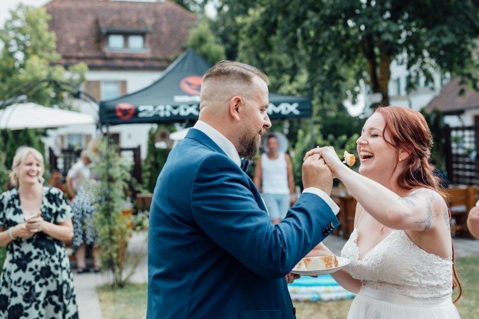 Standesamt-Zwiefalten-Hochzeitsreportage-Hochzeitsfotos-33