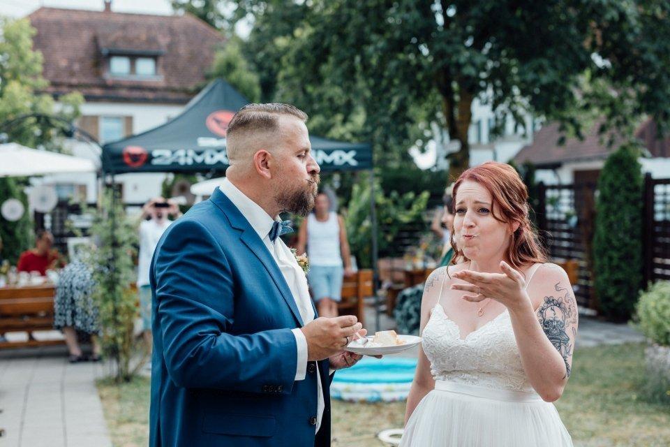 Standesamt-Zwiefalten-Hochzeitsreportage-Hochzeitsfotos-34