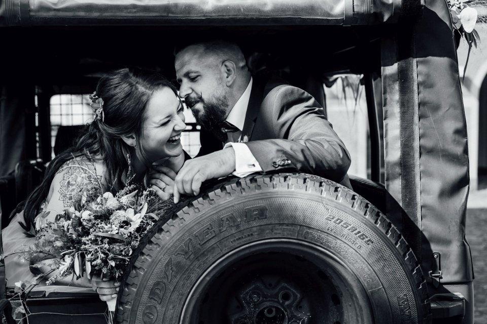 Standesamt-Zwiefalten-Hochzeitsreportage-Hochzeitsfotos-42