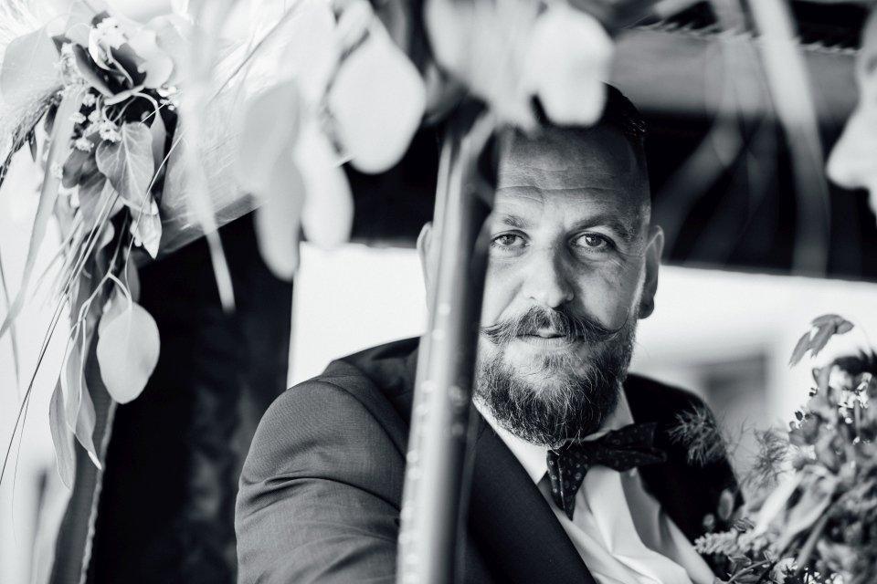 Standesamt-Zwiefalten-Hochzeitsreportage-Hochzeitsfotos-43
