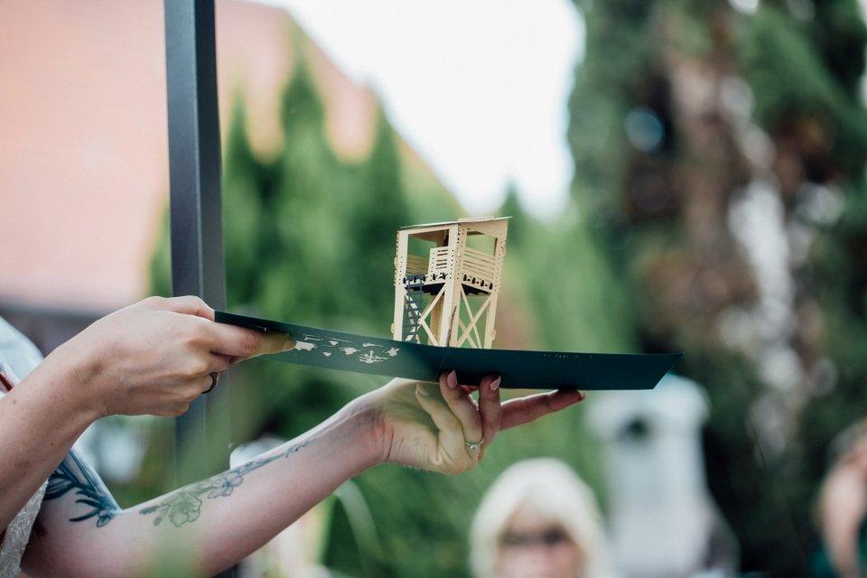 Standesamt-Zwiefalten-Hochzeitsreportage-Hochzeitsfotos-52