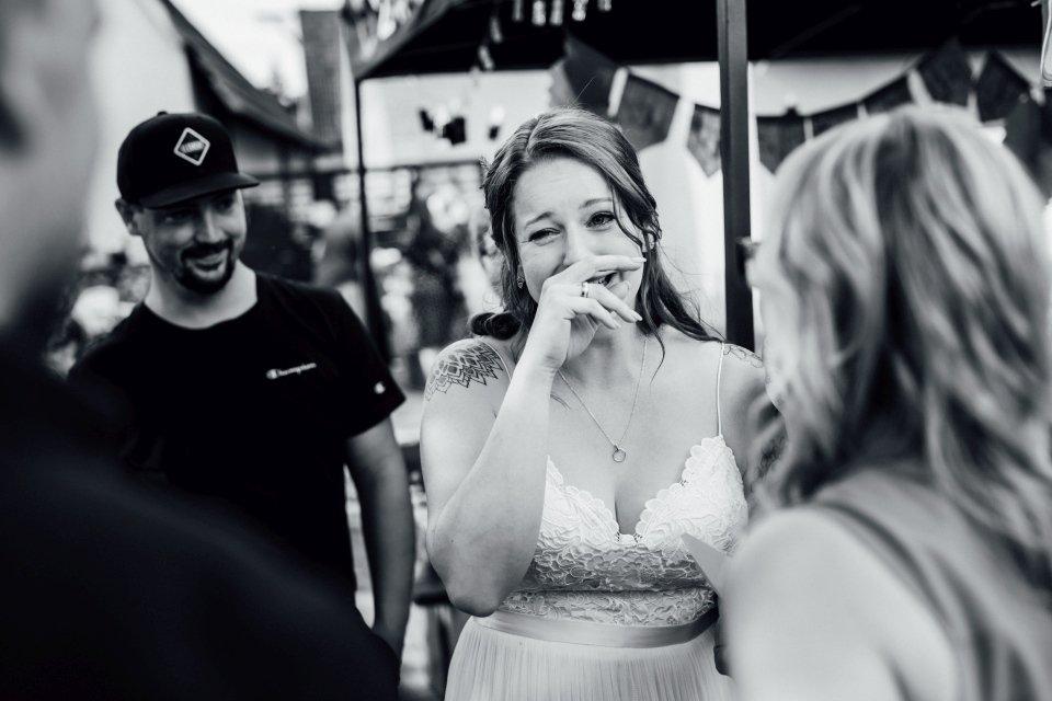 Standesamt-Zwiefalten-Hochzeitsreportage-Hochzeitsfotos-53