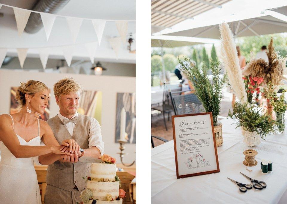 Hochzeitsfotos-im-Weingut-Hochzeitsreportage-Sommerhochzeit-072-Tortenanschnitt