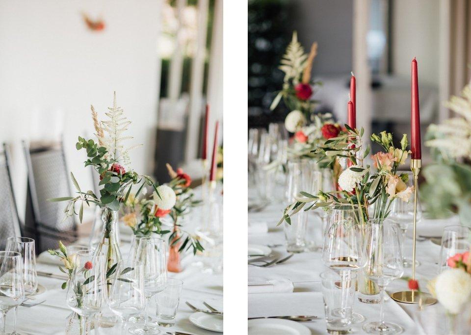 Hochzeitsfotos-im-Weingut-Hochzeitsreportage-Sommerhochzeit-087-Tischschmuck-Hochzeitsdeko