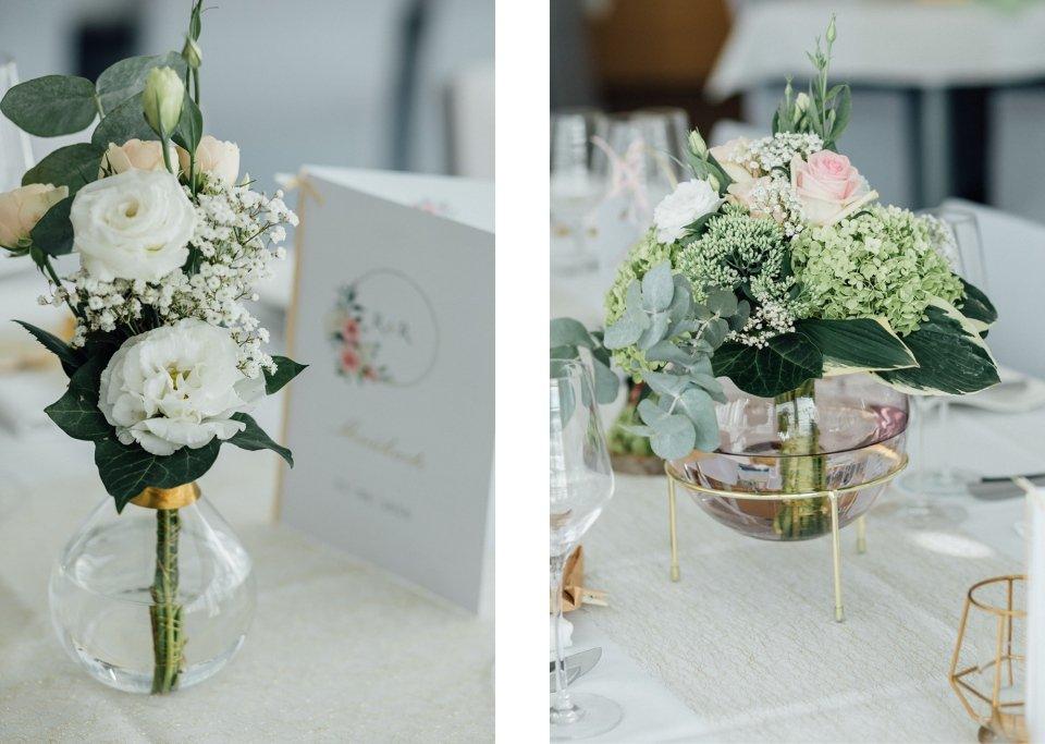 Sommerhochzeit-Hochzeitsreportage-002-Tischdeko-Glasvase-vintage