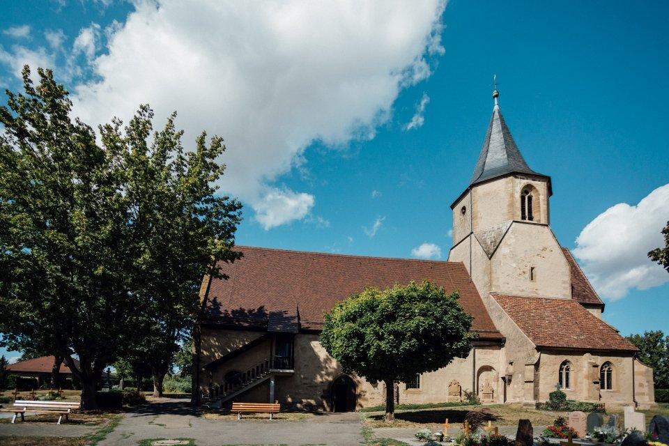 Sommerhochzeit-Hochzeitsreportage-050-Martinskirche-Meimsheim